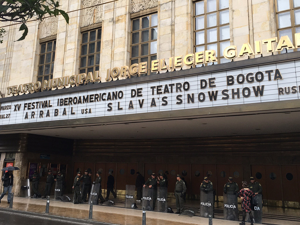 All is quiet in Colombian theatre